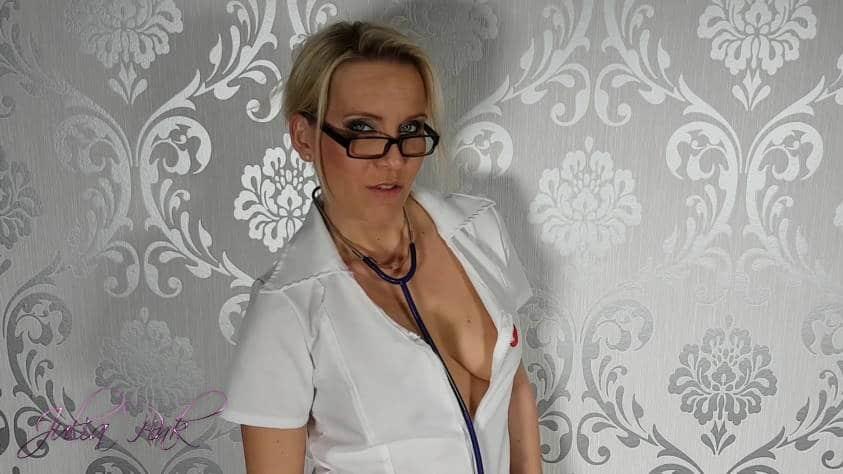 Ich bin Frau Doktor Pink